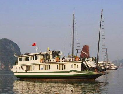 Petit White Dolphin Halong Cruise