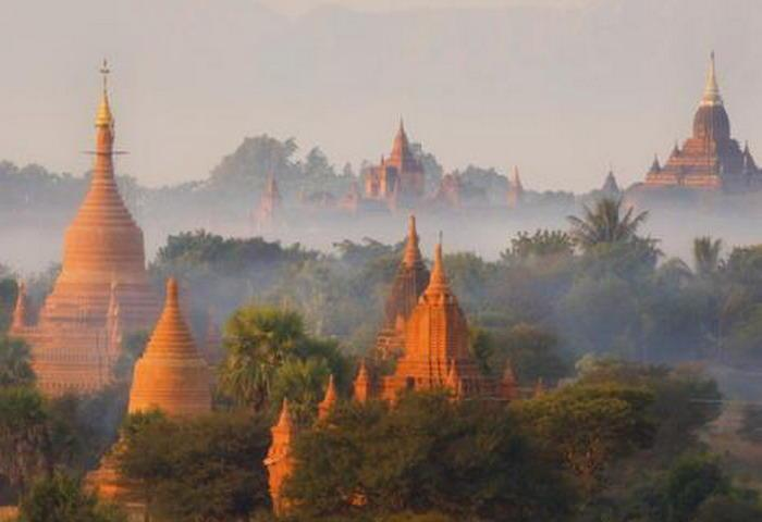 About Highlights of Vietnam - Cambodia - Laos Tour
